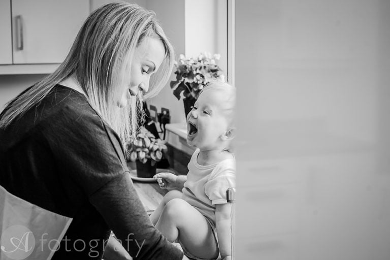 Natural black and white family portraits 26