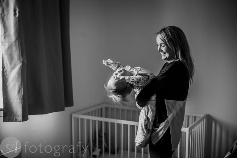 Natural black and white family portraits 29