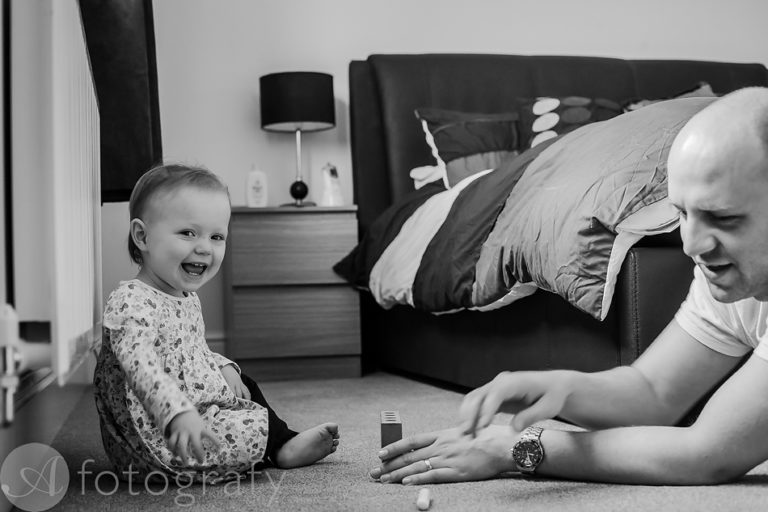 Natural black and white family portraits 6