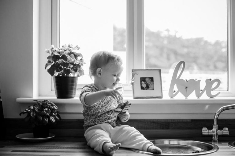 Natural family photography aka Day in Life portraits 15