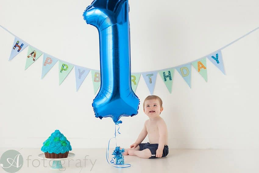 cute babies cake smash photos 14