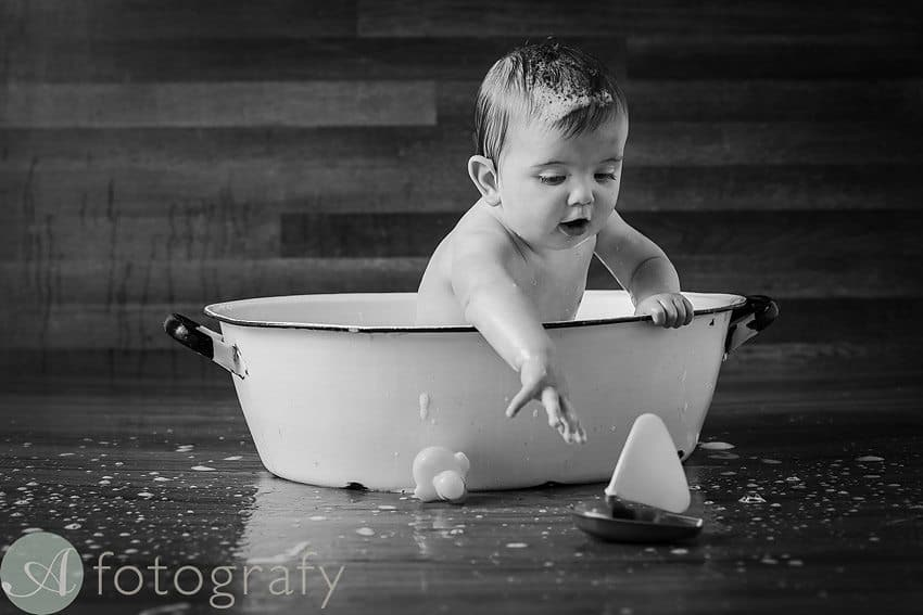 cute babies cake smash photos 29