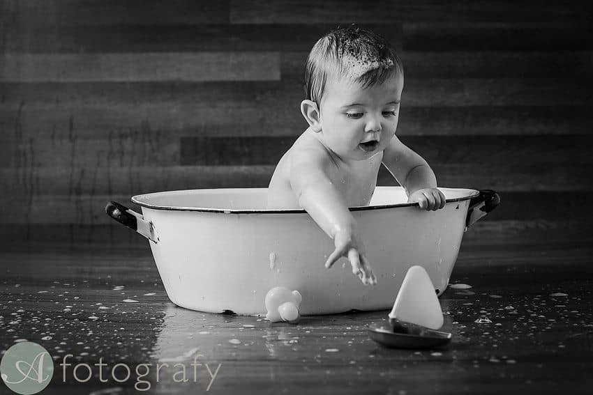 cute babies cake smash photos 29