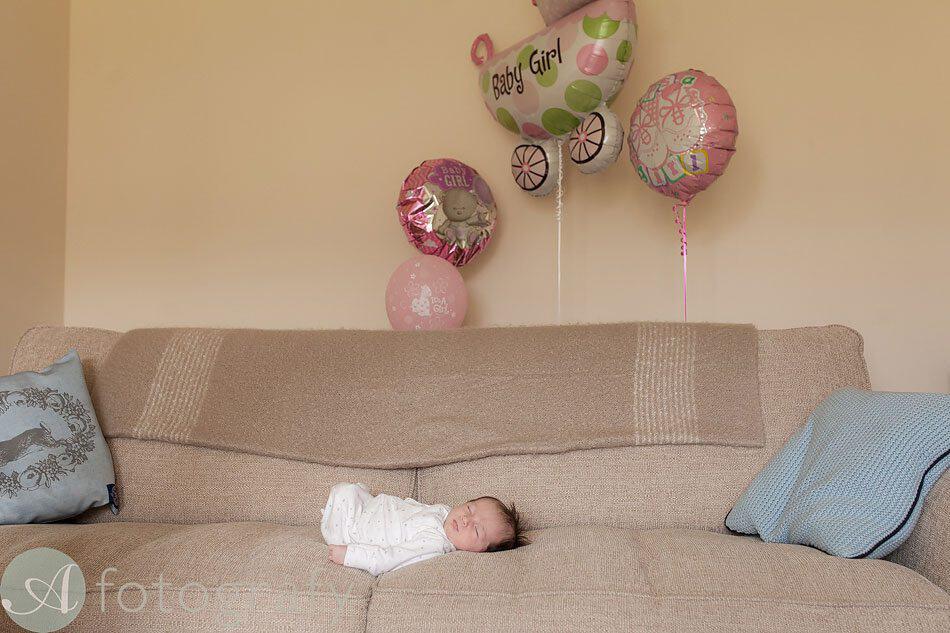 newborn baby photos at home 26