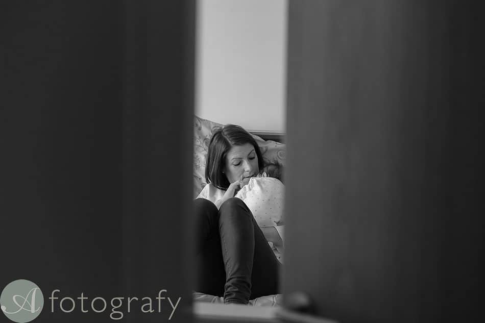 newborn baby photos at home 3