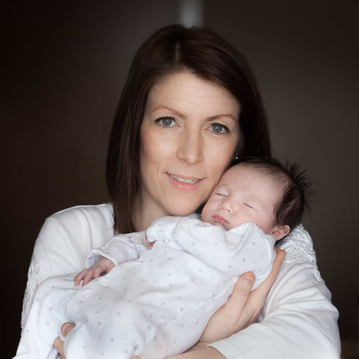 Newborn Photoshoots at home. Edinburgh and surrounding areas. 14