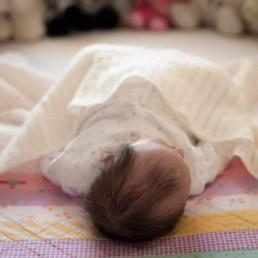 Newborn Photoshoots at home. Edinburgh and surrounding areas. 23