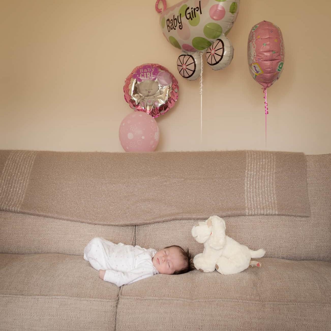 Newborn Photoshoots at home. Edinburgh and surrounding areas. 22