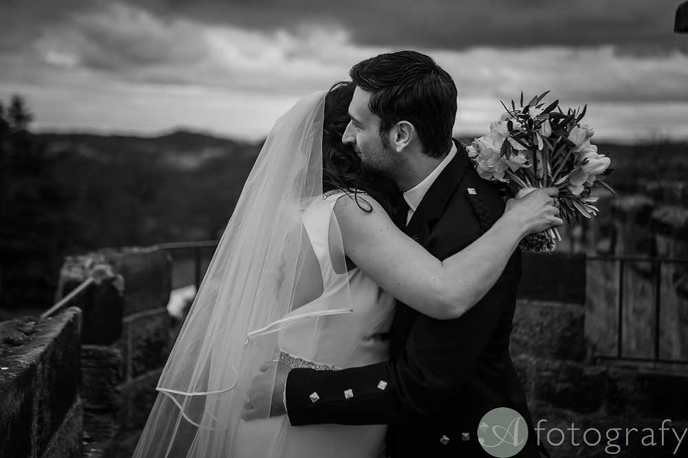dundas-castle-wedding-photos-46