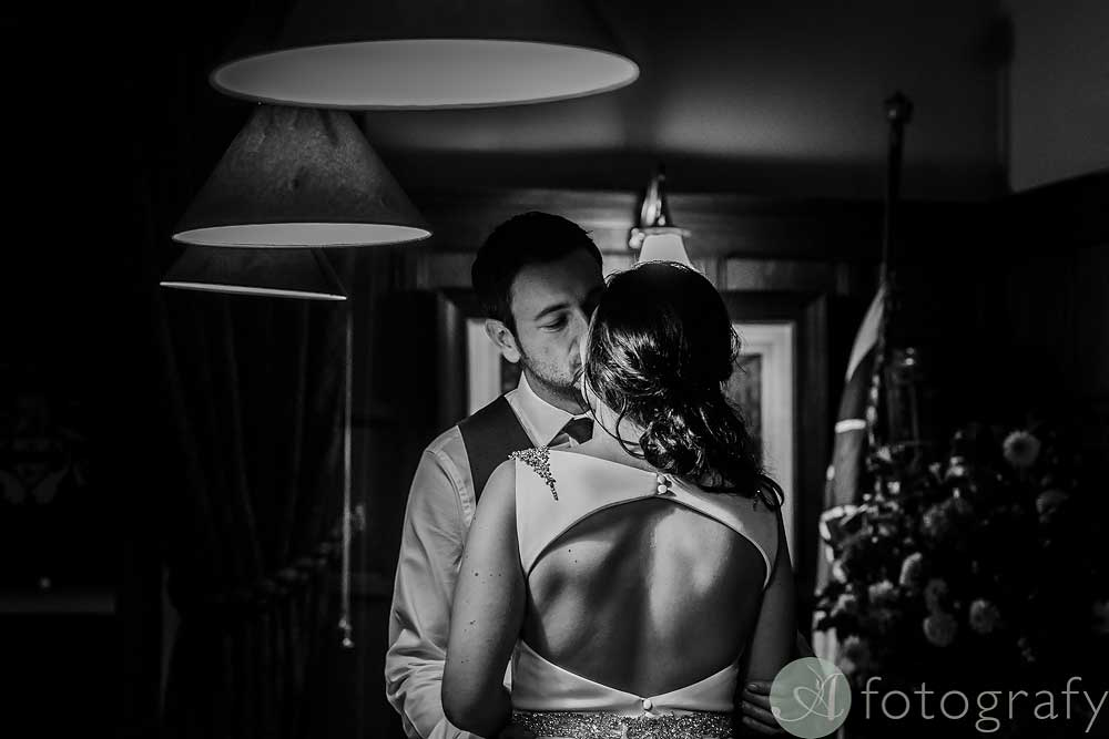 dundas-castle-wedding-photos-76