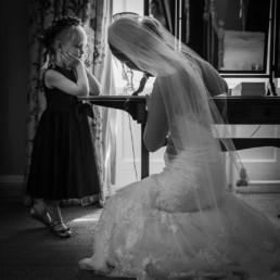 wedding photography getting ready