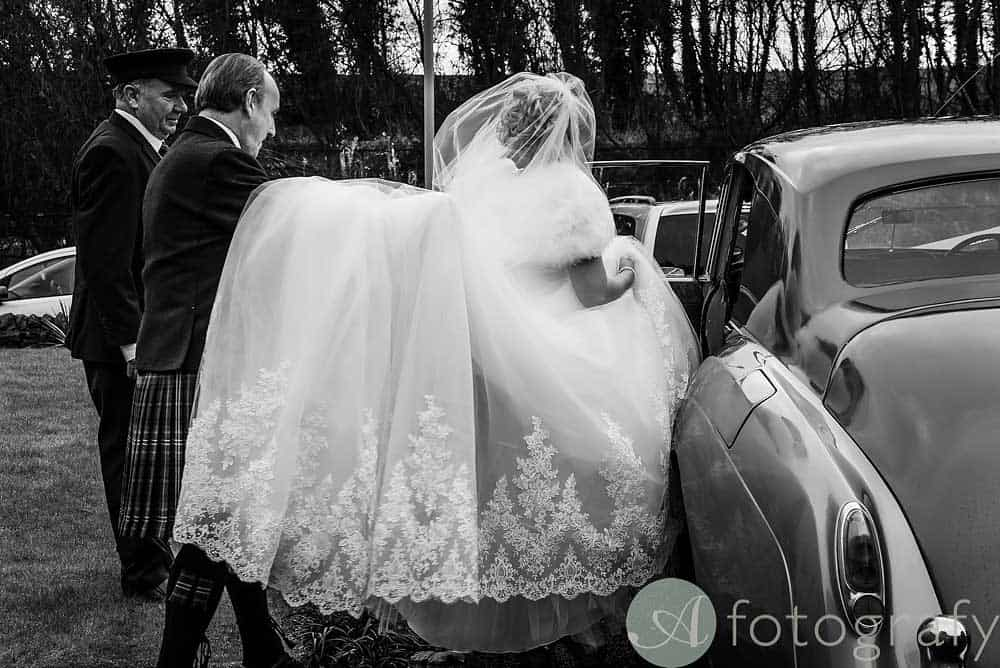 Hopetoun-House-wedding-Photos-L&J-20