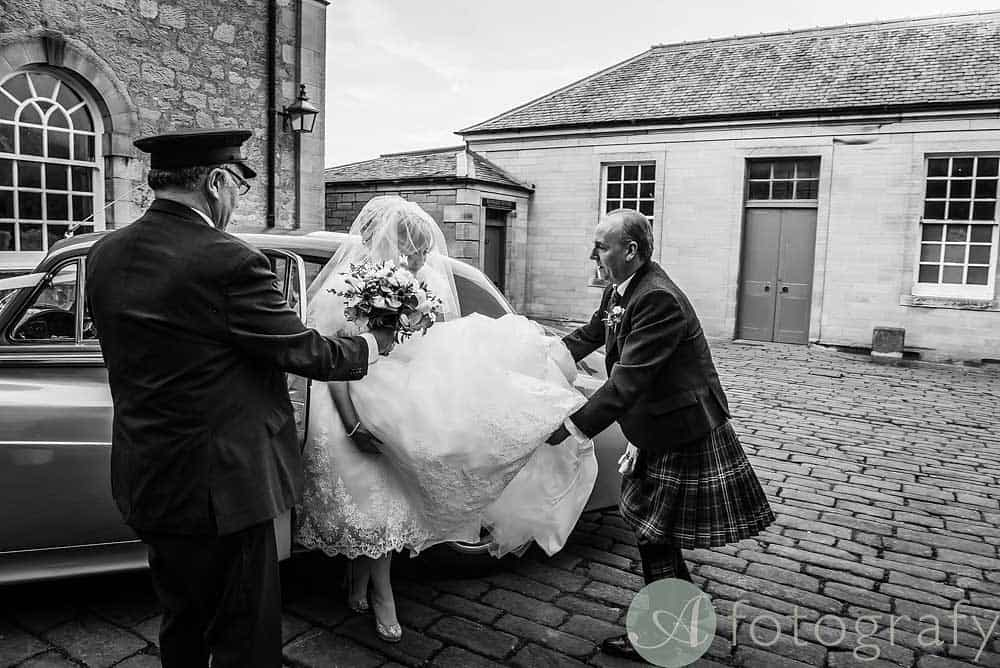 Hopetoun-House-wedding-Photos-L&J-22