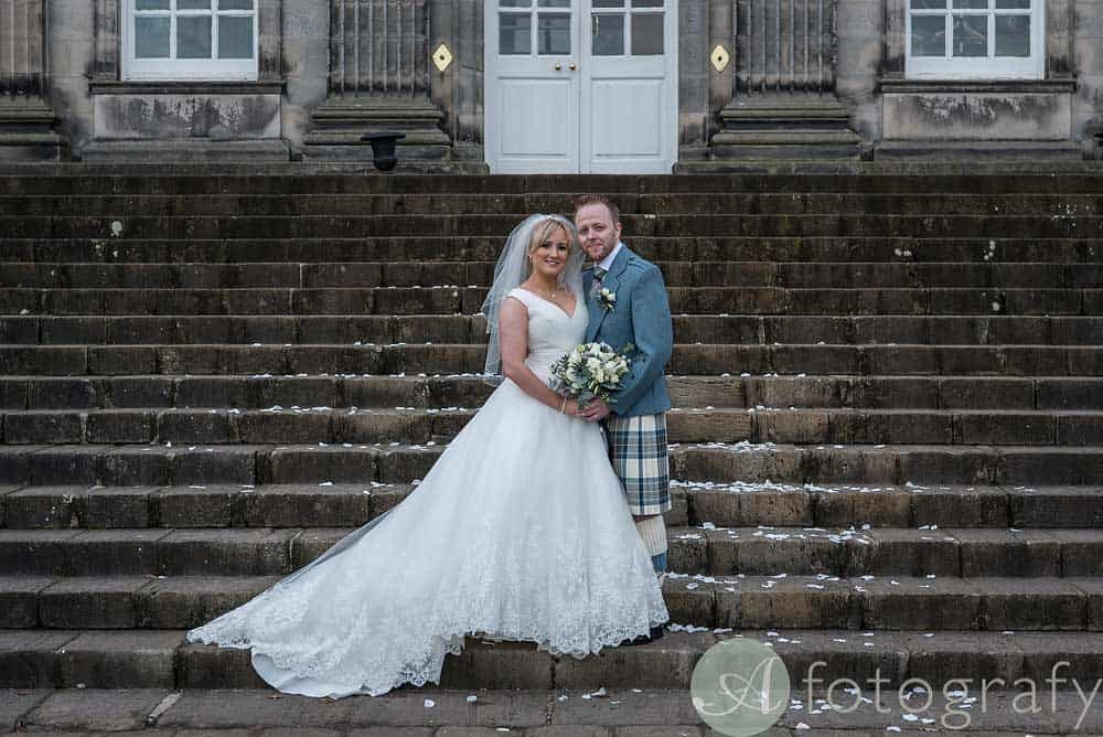 Hopetoun-House-wedding-Photos-L&J-37