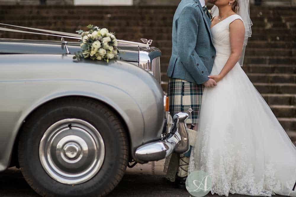 Hopetoun-House-wedding-Photos-L&J-45