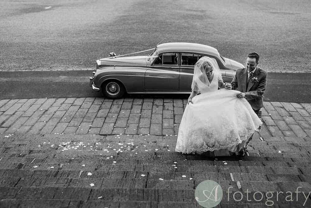 Hopetoun-House-wedding-Photos-L&J-46