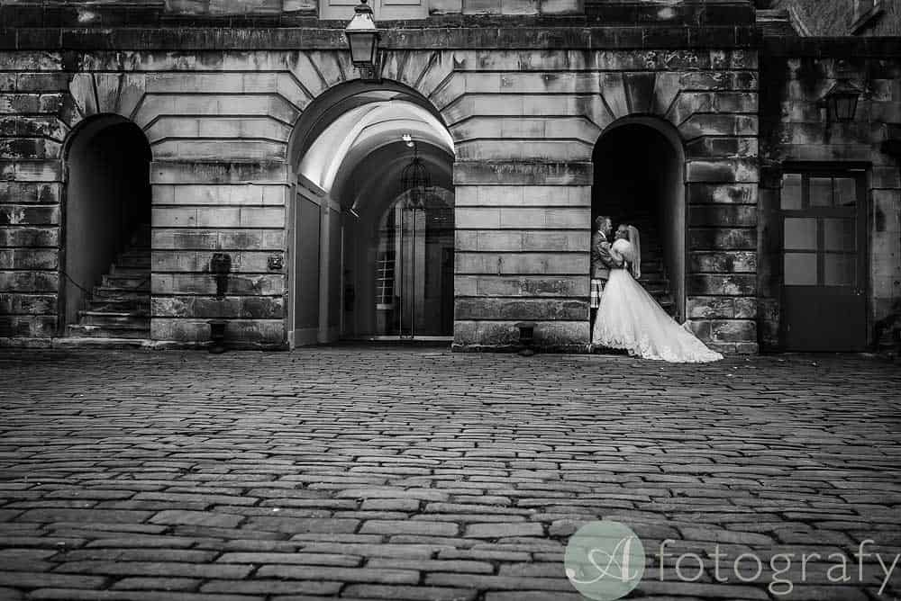 Hopetoun-House-wedding-Photos-L&J-58