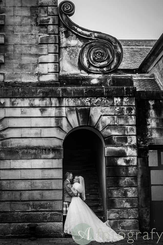 Hopetoun-House-wedding-Photos-L&J-59