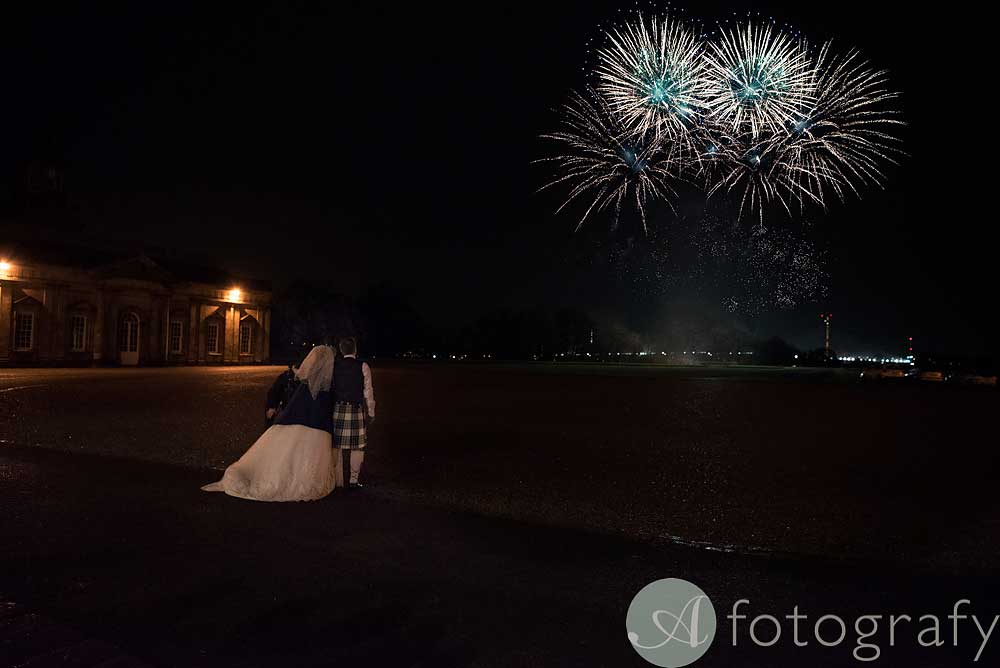Hopetoun-House-wedding-Photos-L&J-78