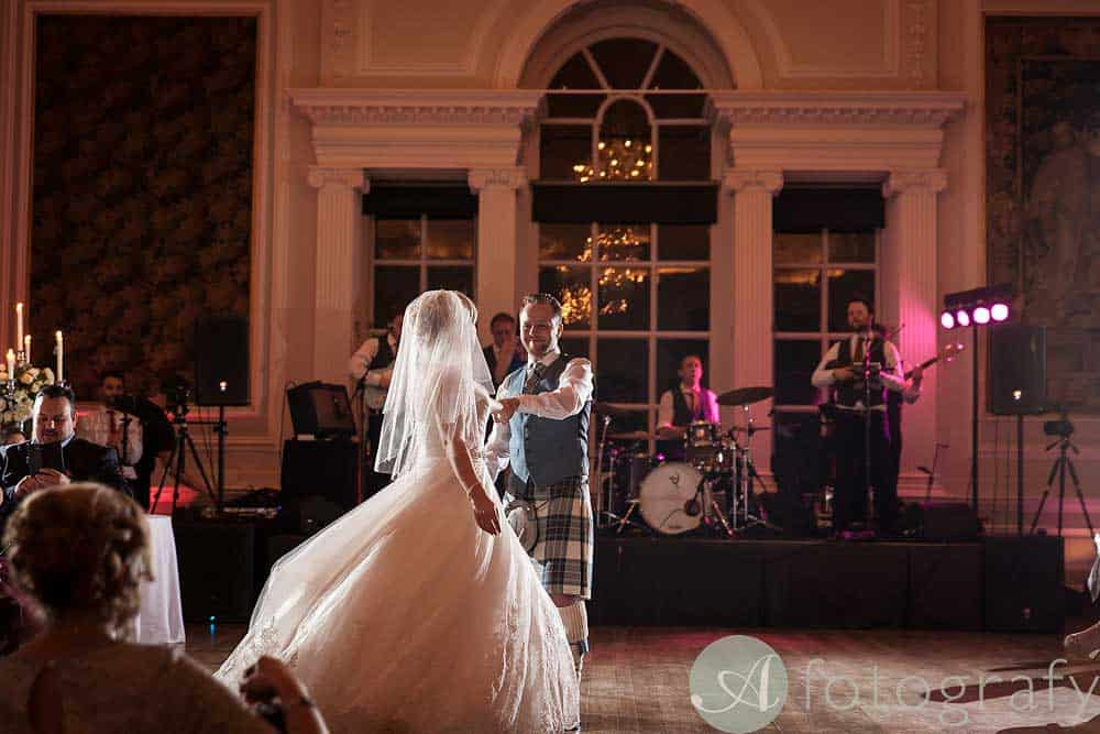 Hopetoun-House-wedding-Photos-L&J-84