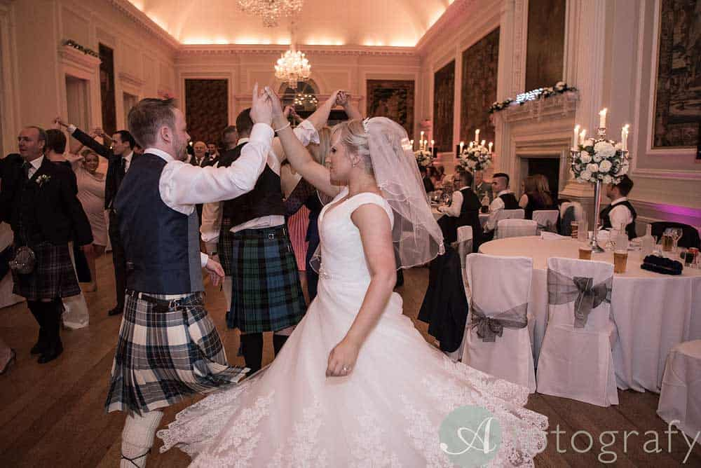 Hopetoun-House-wedding-Photos-L&J-89