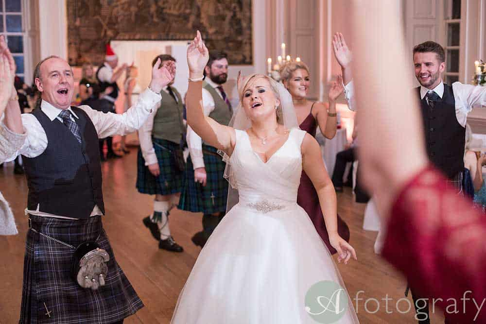 Hopetoun-House-wedding-Photos-L&J-91