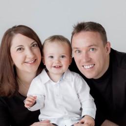 Edinburgh based photographer offering family photoshoots
