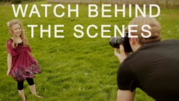 watch how edinburgh family photographer works with children behind the scenes