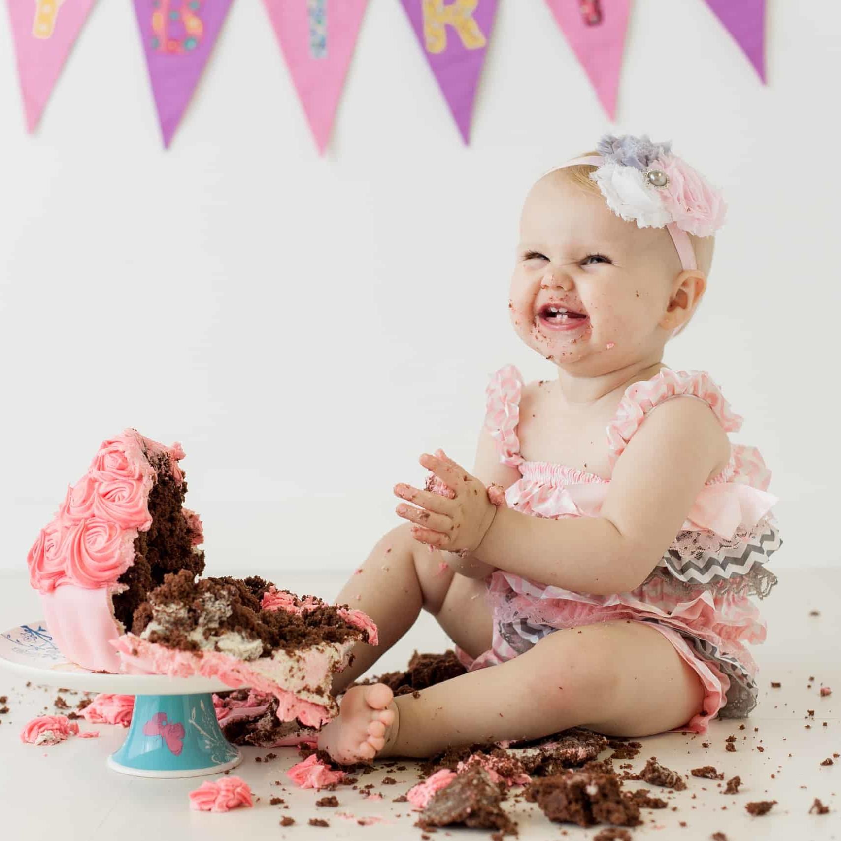 First Birthday Cake Smash Photography | Sophia-Belle 33