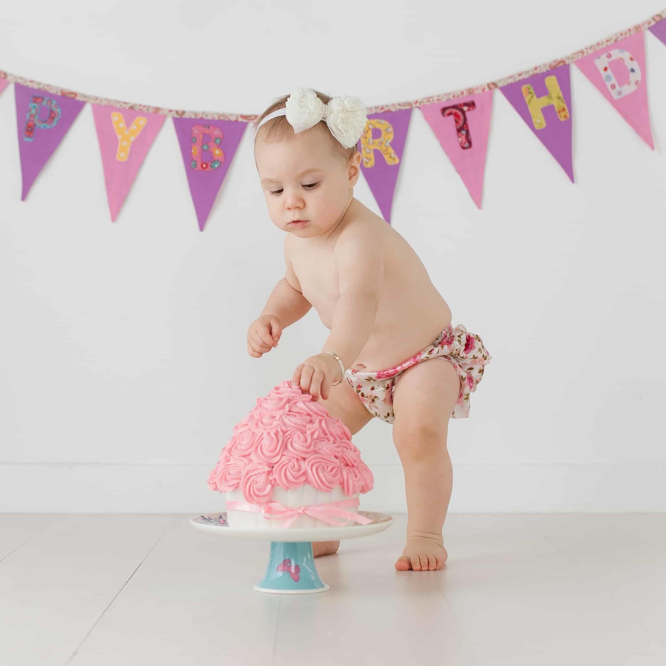 First Birthday Cake Smash Photography | Sophia-Belle 30