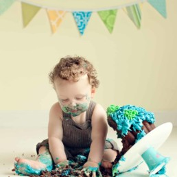 First Birthday Cake Smash Photography | Sophia-Belle 40