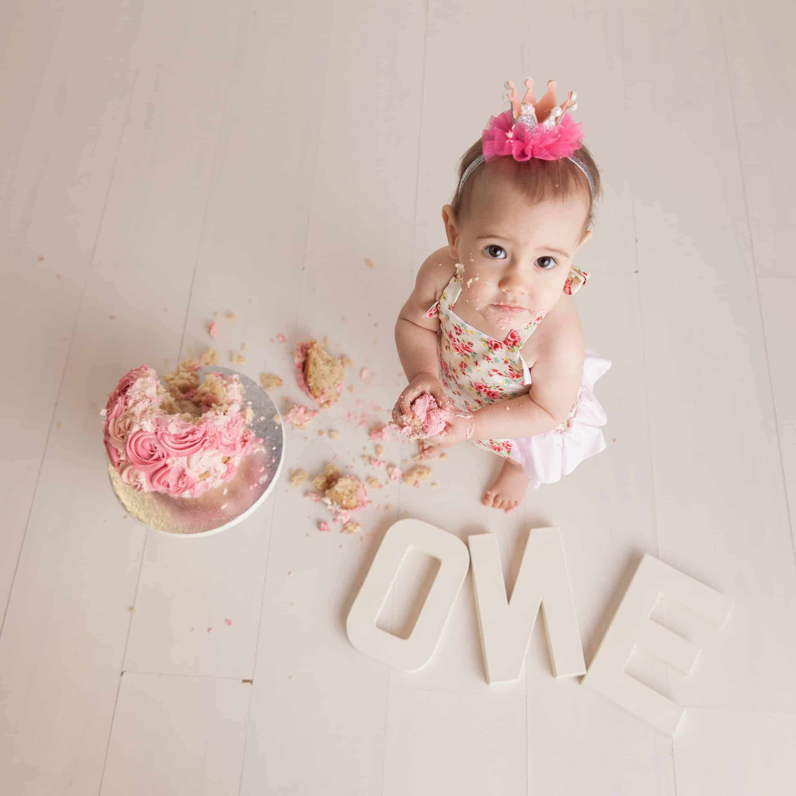 First Birthday Cake Smash Photography | Sophia-Belle 39