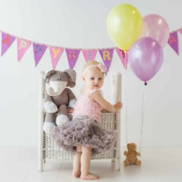 First Birthday Cake Smash Photography | Sophia-Belle 27