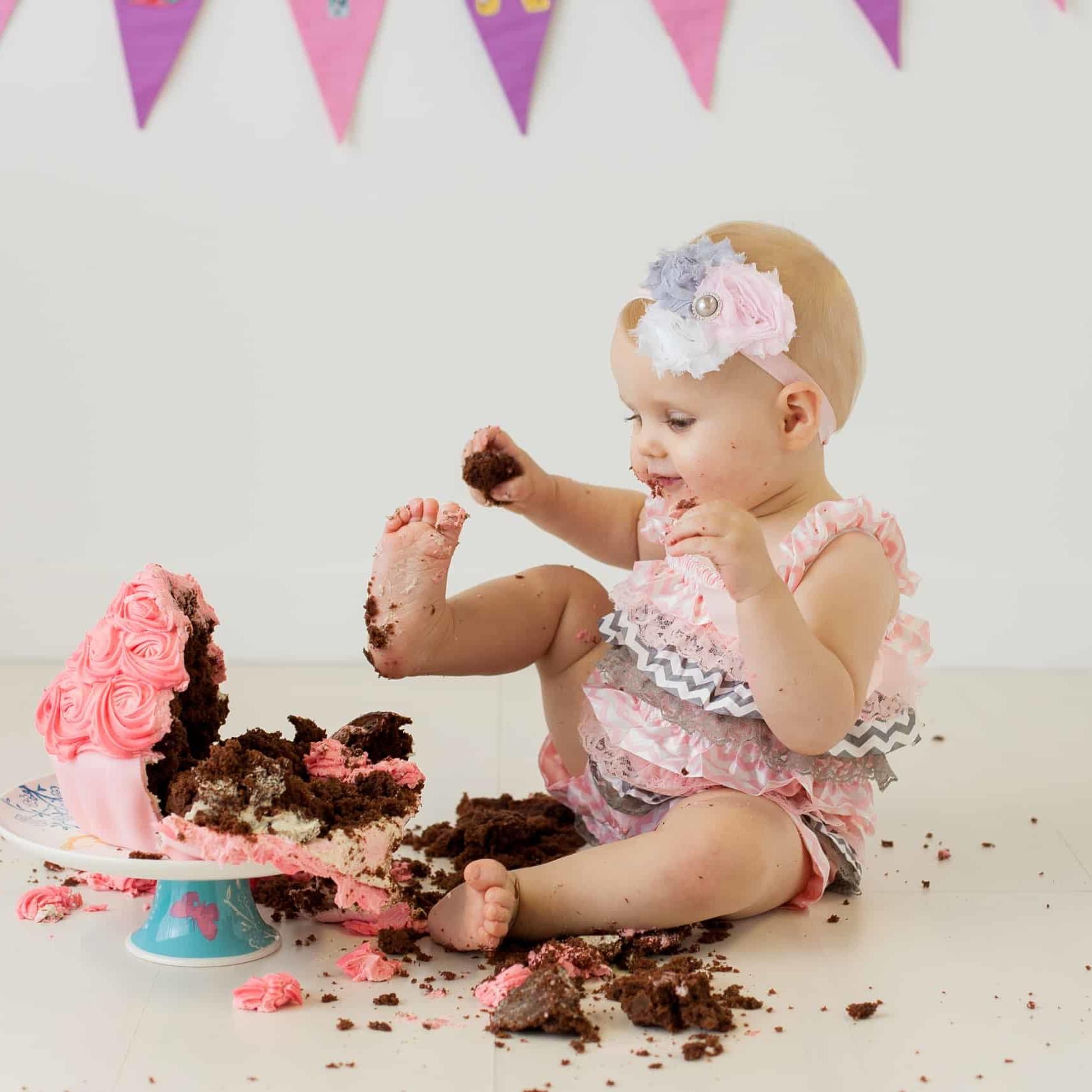 First Birthday Cake Smash Photography | Sophia-Belle 28