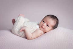 Newborn Mini Sessions Explained 12