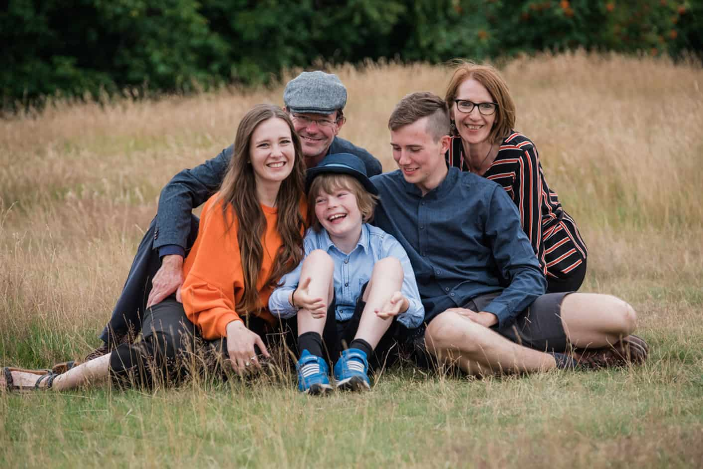Professional edinburgh family photographer offering services