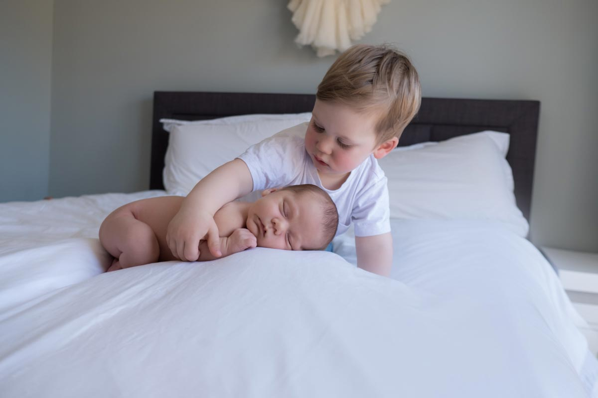 Lifestyle Newborn Photography Tips Guide 36