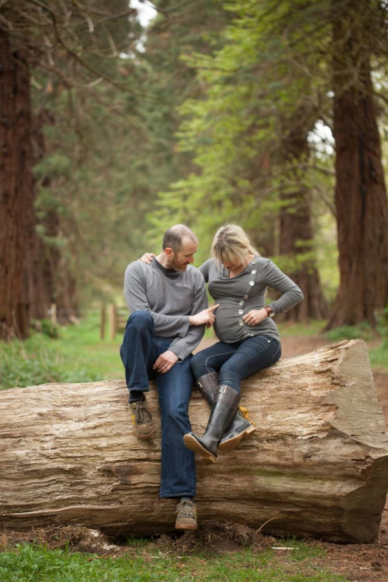 Pregnancy photoshoot ideas for couples 15
