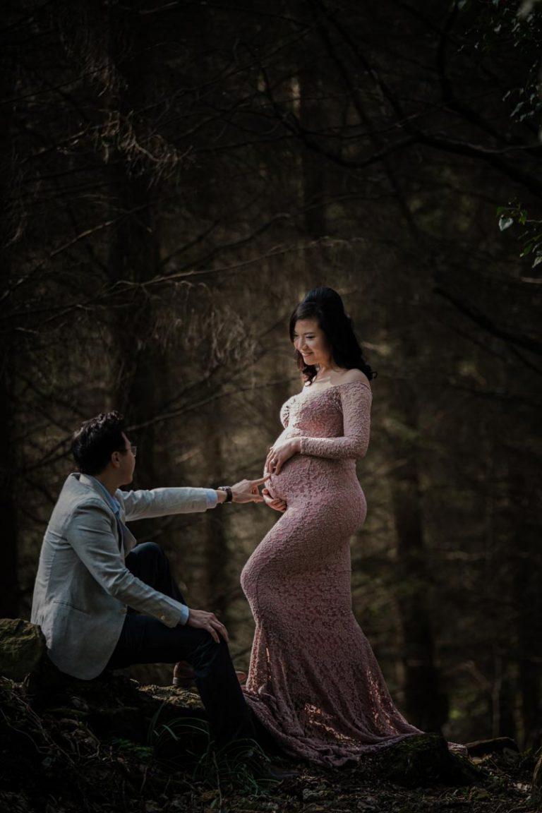 Pregnancy photoshoot ideas for couples 13